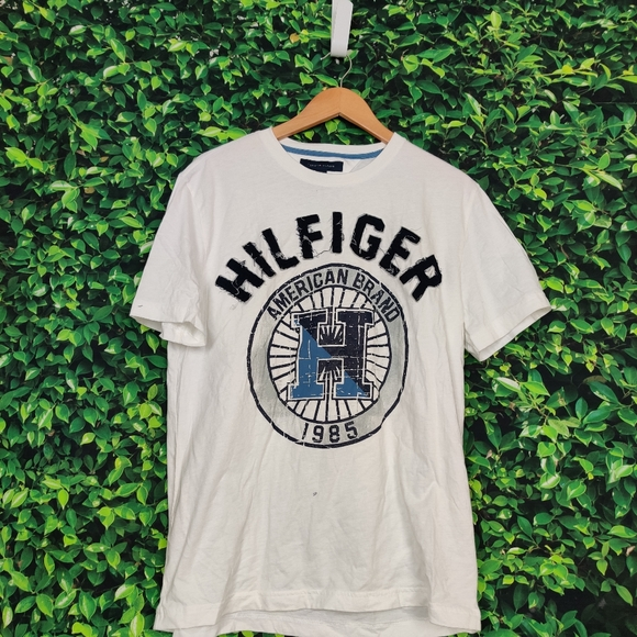 Tommy Hilfiger Other - Tommy Hilfiger Graphic T-Shirt (Symbol)